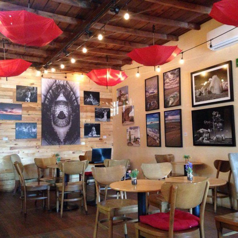 Visita Tr3z Café y llena tus sentidos